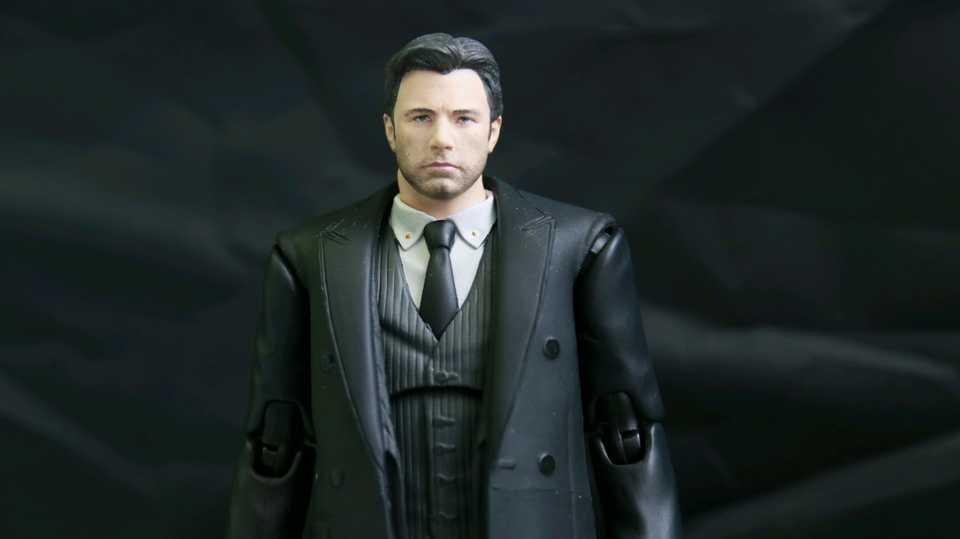 Mafex Justice League Ben Bruce Wayne
