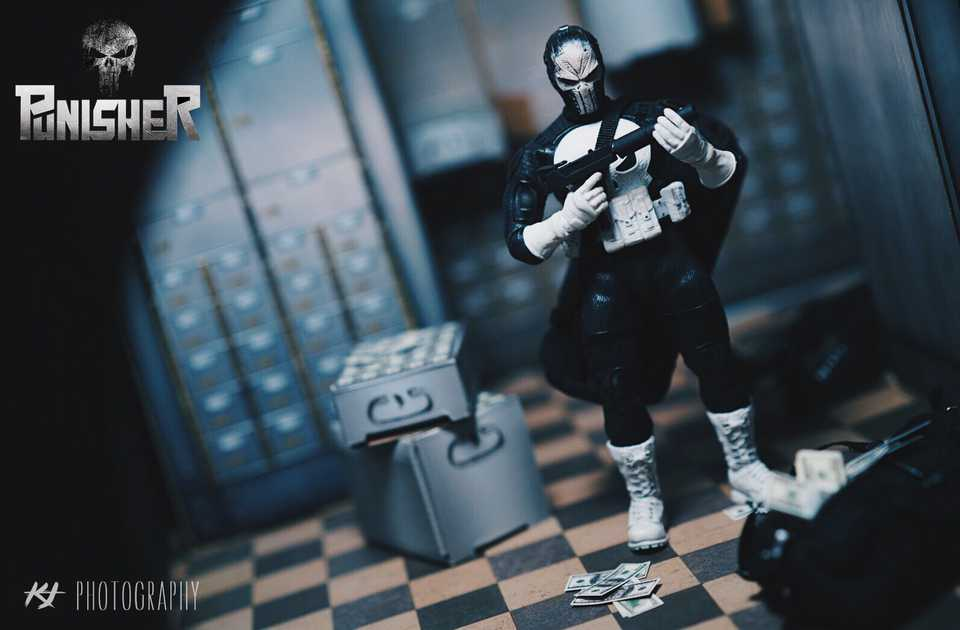Punisher With Paper Scene