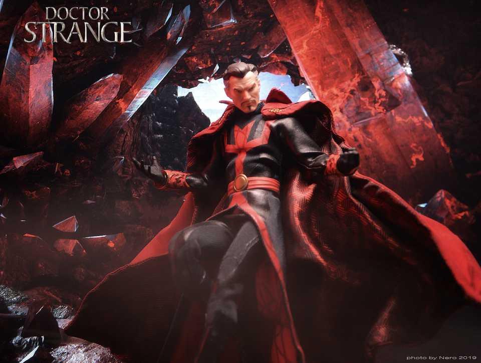 Mezco Doctor Strange PX