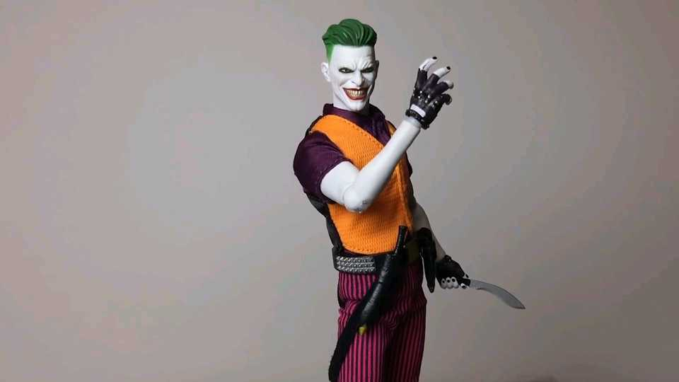 Unboxing Clown Prince Of Crime Joker