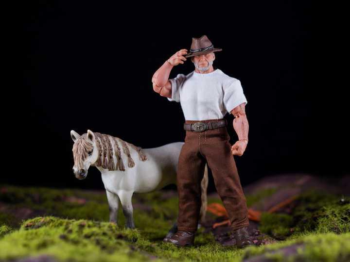 Old Man Logan And His Horse