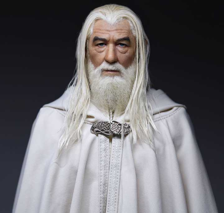 Lord of the Rings Gandalf the White 1/6 Figure