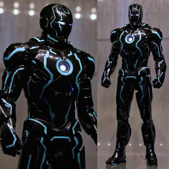 Hot Toys Neon Tech Iron Man Mark 4