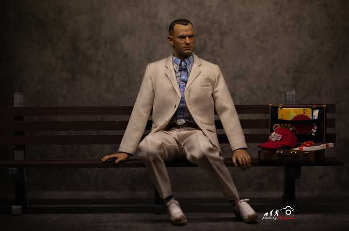 Forrest Gump 1/6 Scale Figure