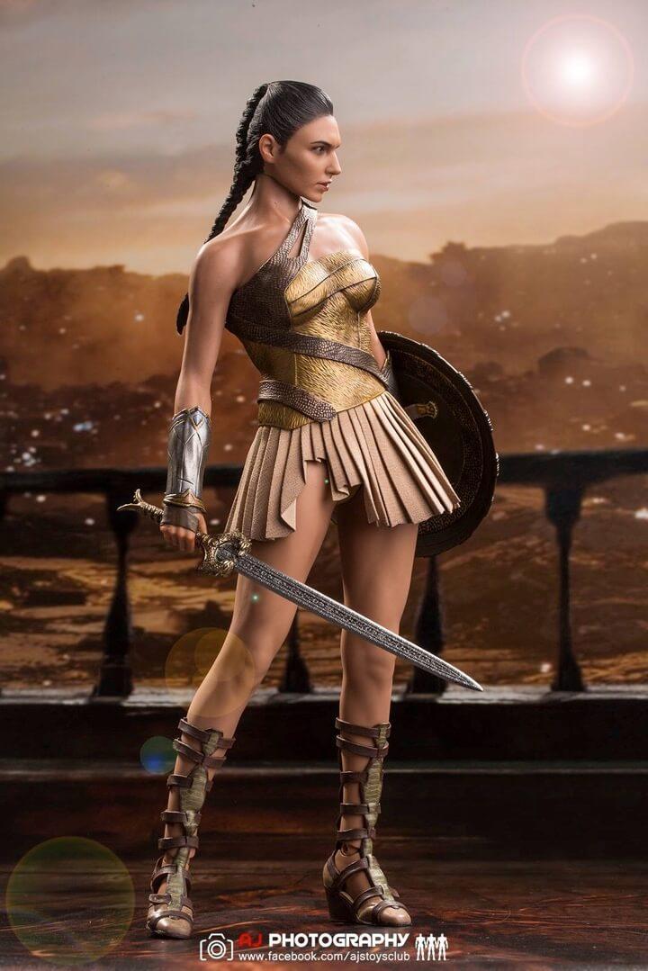 Hot Toys 1/6 Wonder Woman Training Armor Version